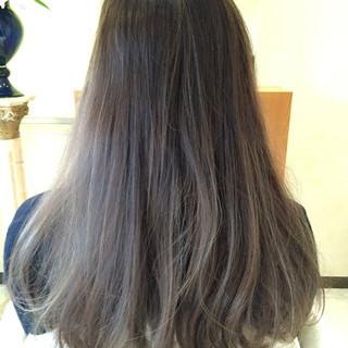 グラデーションカラー ロング 外国人風 アッシュ ヘアスタイルや髪型の写真・画像