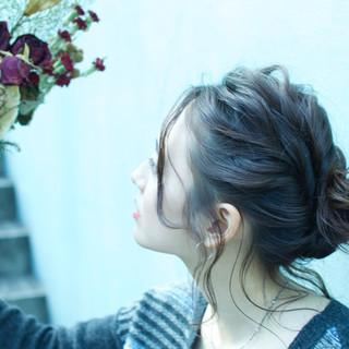 セミロング ショート フェミニン 簡単ヘアアレンジ ヘアスタイルや髪型の写真・画像