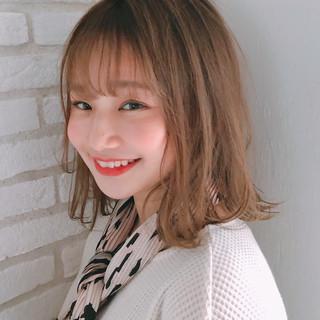 ミディアム シースルーバング ナチュラル 簡単ヘアアレンジ ヘアスタイルや髪型の写真・画像