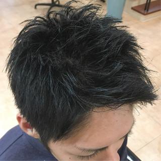 メンズスタイル メンズカット ナチュラル 黒髪 ヘアスタイルや髪型の写真・画像