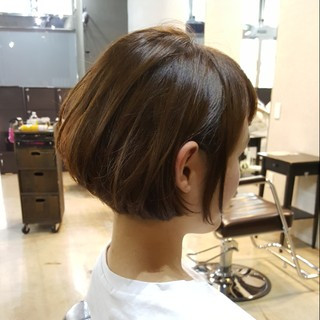 大人女子 ガーリー ショート マッシュ ヘアスタイルや髪型の写真・画像
