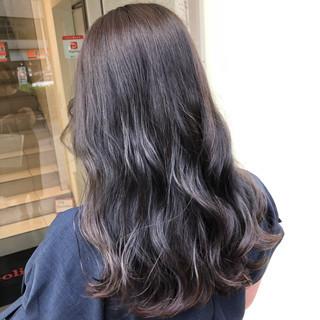 ナチュラル ロング 外国人風カラー 透明感カラー ヘアスタイルや髪型の写真・画像