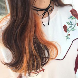 くせ毛風 ストリート カラーバター 波ウェーブ ヘアスタイルや髪型の写真・画像