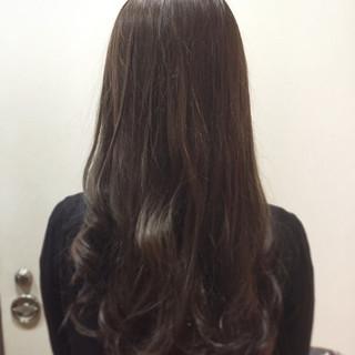 外国人風カラー 暗髪 アッシュ 艶髪 ヘアスタイルや髪型の写真・画像