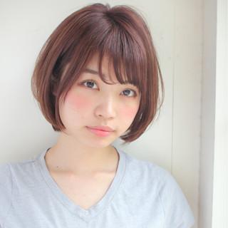 パーマ ショート 斜め前髪 オフィス ヘアスタイルや髪型の写真・画像
