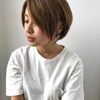 ショートボブ ショート 似合わせ ナチュラル ヘアスタイルや髪型の写真・画像