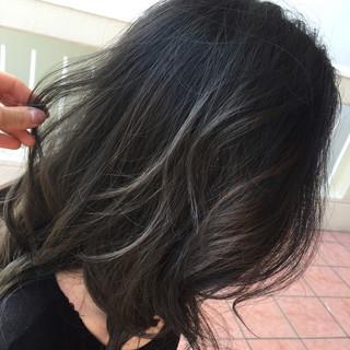 ミディアム ハイライト 外国人風 グラデーションカラー ヘアスタイルや髪型の写真・画像