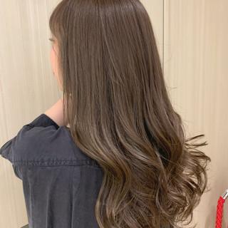 パーマ オイル オリーブベージュ デート ヘアスタイルや髪型の写真・画像