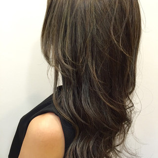 透明感 ヘアアレンジ セミロング アッシュ ヘアスタイルや髪型の写真・画像
