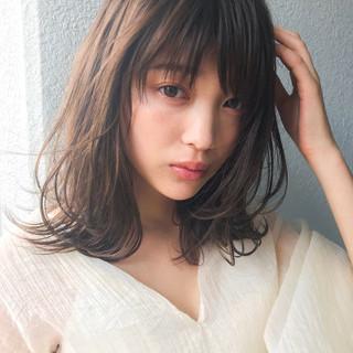 フェミニン レイヤーカット 抜け感 大人かわいい ヘアスタイルや髪型の写真・画像