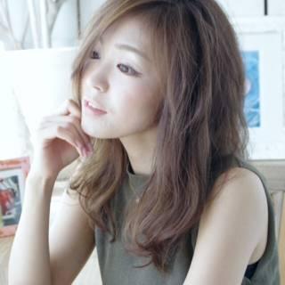 フェミニン 大人かわいい ゆるふわ ヘアアレンジ ヘアスタイルや髪型の写真・画像