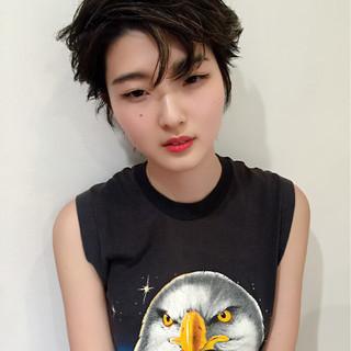 暗髪 ストリート 前髪あり ストレート ヘアスタイルや髪型の写真・画像