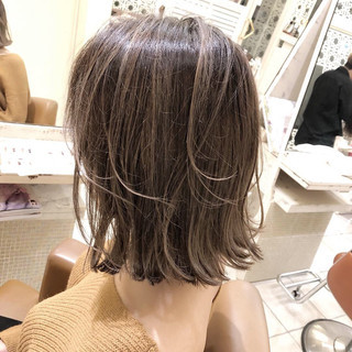 モード ボブ バレイヤージュ 外国人風カラー ヘアスタイルや髪型の写真・画像