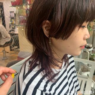 ミディアム ウルフレイヤー ウルフカット レイヤーカット ヘアスタイルや髪型の写真・画像