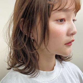 透明感カラー レイヤーボブ 大人ミディアム ヘアスタイルや髪型の写真・画像
