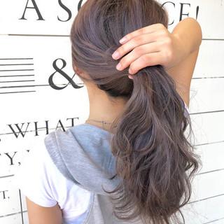 切りっぱなし アッシュベージュ 涼しげ 大人かわいい ヘアスタイルや髪型の写真・画像