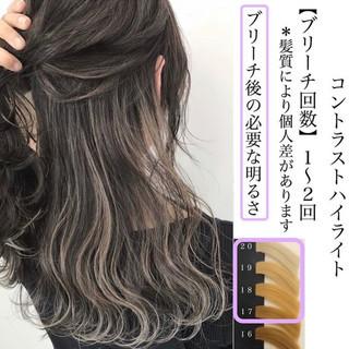 ハイライト グラデーションカラー ミディアム ホワイトハイライト ヘアスタイルや髪型の写真・画像