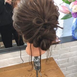 アンニュイ 簡単ヘアアレンジ 謝恩会 フェミニン ヘアスタイルや髪型の写真・画像