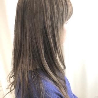 オフィス 簡単ヘアアレンジ ゆるふわ 上品 ヘアスタイルや髪型の写真・画像