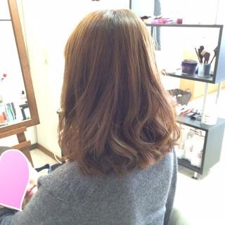 ミディアム 大人かわいい フェミニン 色気 ヘアスタイルや髪型の写真・画像