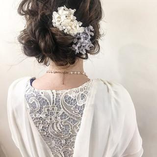 ヘアアレンジ ナチュラル 結婚式 ミディアム ヘアスタイルや髪型の写真・画像