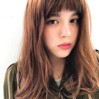 オフィス ナチュラル 外国人風カラー セミロング ヘアスタイルや髪型の写真・画像