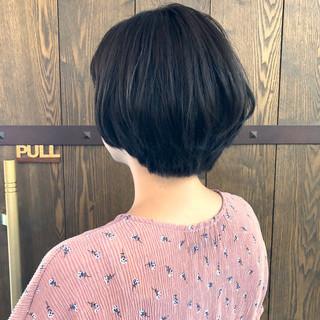 ショートボブ 大人女子 アッシュ ショート ヘアスタイルや髪型の写真・画像