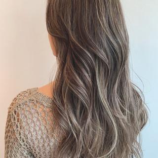 デート ロング エレガント 外国人風カラー ヘアスタイルや髪型の写真・画像