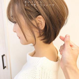 アンニュイほつれヘア 大人カジュアル ショート ナチュラル ヘアスタイルや髪型の写真・画像