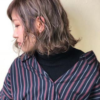 アッシュ 色気 こなれ感 ハイライト ヘアスタイルや髪型の写真・画像