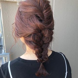 アプリコットオレンジ 簡単ヘアアレンジ ミディアム ナチュラル ヘアスタイルや髪型の写真・画像