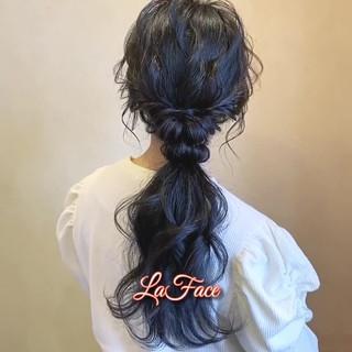 ポニーテールアレンジ ロング フェミニン ヘアアレンジ ヘアスタイルや髪型の写真・画像