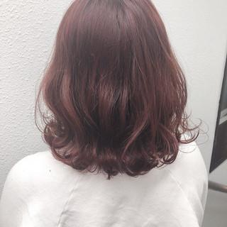 ミディアム 簡単ヘアアレンジ ブリーチオンカラー デート ヘアスタイルや髪型の写真・画像