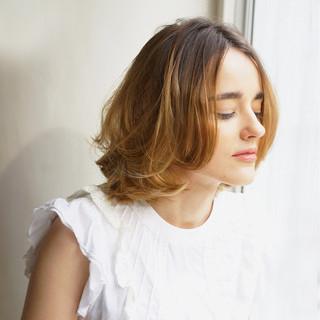 ミディアム レイヤーカット ウルフカット パーマ ヘアスタイルや髪型の写真・画像