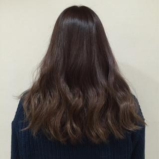 外国人風 グラデーションカラー イルミナカラー ゆるふわ ヘアスタイルや髪型の写真・画像