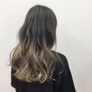 ブリーチ 外国人風カラー ロング アッシュ ヘアスタイルや髪型の写真・画像