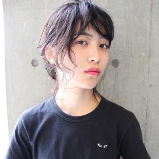 大人女子 暗髪 パーマ モード ヘアスタイルや髪型の写真・画像