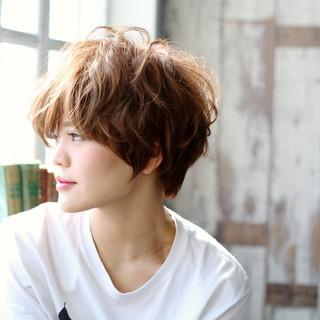 ハイライト ブラウンベージュ アッシュ かっこいい ヘアスタイルや髪型の写真・画像