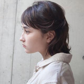 抜け感 ハイライト 外国人風 ナチュラル ヘアスタイルや髪型の写真・画像