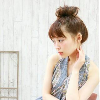 ヘアアレンジ お団子 セミロング 大人かわいい ヘアスタイルや髪型の写真・画像
