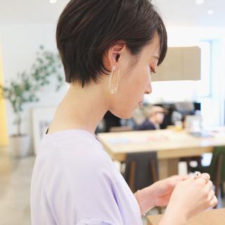 オフィス 黒髪 黒髪ショート ナチュラル ヘアスタイルや髪型の写真・画像