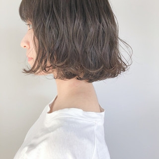 ミルクグレージュ ナチュラル 大人かわいい ミルクティーグレージュ ヘアスタイルや髪型の写真・画像