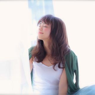 モテ髪 ロング フェミニン シースルーバング ヘアスタイルや髪型の写真・画像