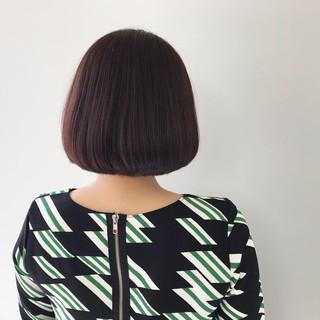 簡単ヘアアレンジ 切りっぱなしボブ ミニボブ ナチュラル ヘアスタイルや髪型の写真・画像