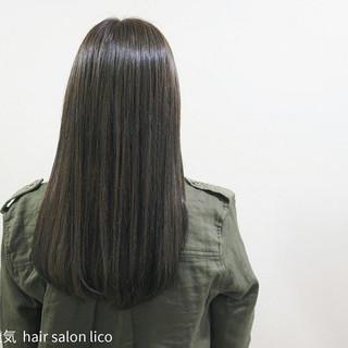 セミロング アッシュ 艶髪 マット ヘアスタイルや髪型の写真・画像