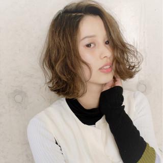秋 かわいい 色気 外ハネ ヘアスタイルや髪型の写真・画像