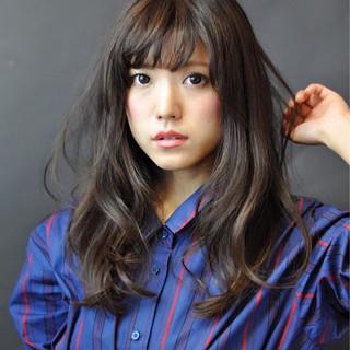 フェミニン 外国人風カラー 大人かわいい アッシュ ヘアスタイルや髪型の写真・画像