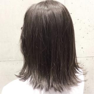 ボブ デート 透明感 グレージュ ヘアスタイルや髪型の写真・画像