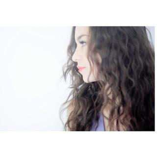 ヘアアレンジ 波ウェーブ モード ロング ヘアスタイルや髪型の写真・画像