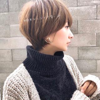 丸みショート ショートヘア アンニュイほつれヘア ショート ヘアスタイルや髪型の写真・画像